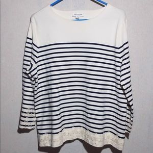 BeachLunchLounge Navy/off white striped Top, M